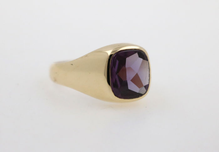 Men's ring 585 / 14 kt yellow gold with amethyst approx. 6.0 ct star cut - ring size 68