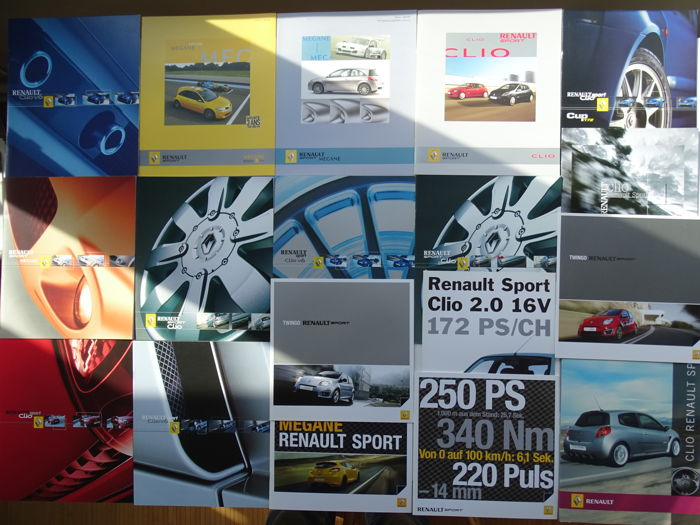1999 - 2009 - RENAULT Sport Clio 3.0 V6, Clio 2.0 16v, Clio Cup 172, Megane RS, Megane Trophy, Twingo RS 1.6 16v, etc - mixed lot of 18 original sales brochures
