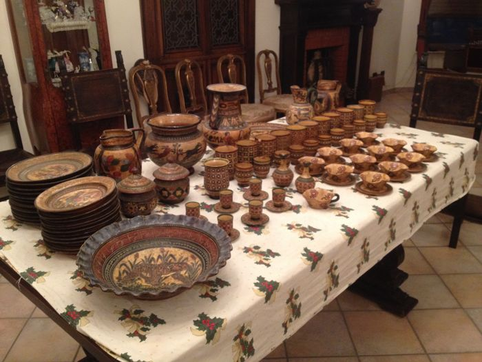 Collection of earthenware from Montopoli (Montopoli Val d'Arno) - 74 items