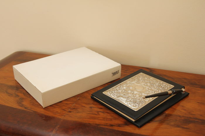 Organiser with pen, made of leather and embossed silver marked 925/1000