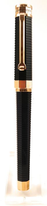 Nerouno Montegrappa rose gold rollerball pen