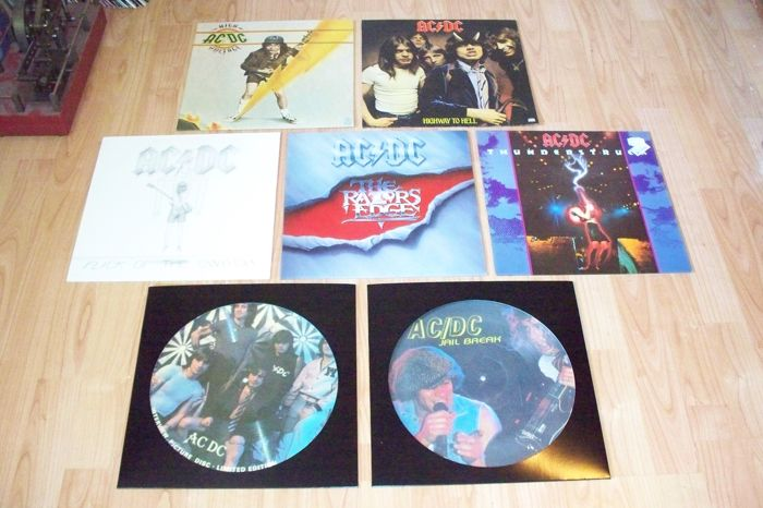 AC/DC  4 LP`S 1976 - 1990 , US Presing , 1  Maxi Includes the Hit  Thunderstruck  , 2 Picture Disc`s , UK Presing  , all in Very Good quality  !
