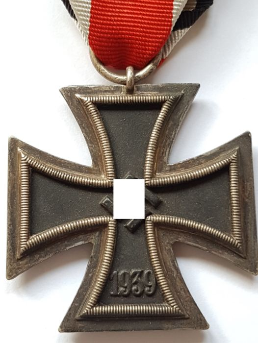 Third Reich Iron Cross 2nd class with ribon