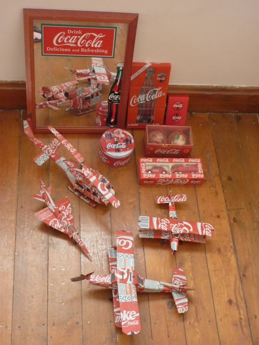Lot of Coca-Cola items - handcrafted toys - mirror - car - Christmas ball - K7 - candle - card game
