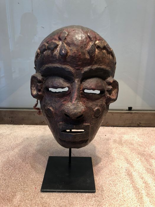 Rare ancient dance mask carved in wood - PENDE - Former Belgian Congo