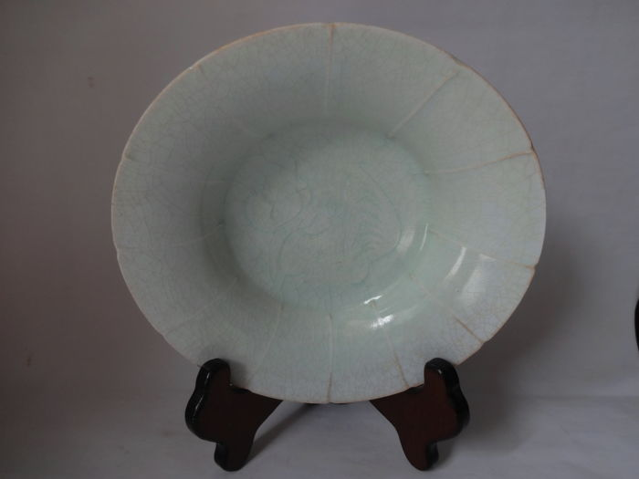 Celadon bowl(Shadow celadon),China in the Northern Song Dynasty -  18 cm