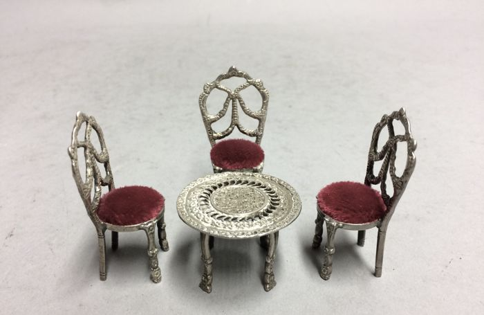 Silver miniature dining area