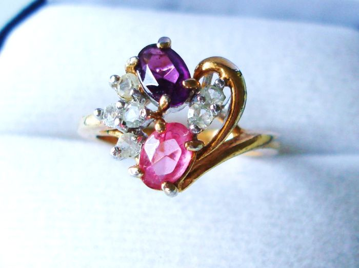 Marked 14K Delicate Elegant Ring with Pink and Purple Tourmaline and clear Quartz faceted Gemstones - NO Reserve