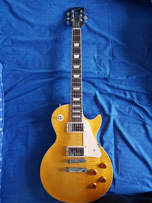 GIBSON LES PAUL STANDARD TRANSLUCENT AMBER 2013