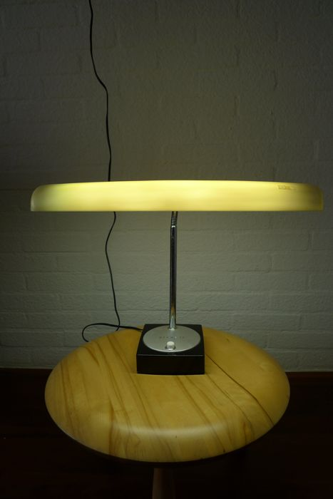 Hitachi Moonlight - Model 506 Desk lamp