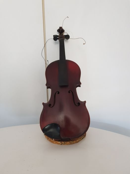 Antique Violin - medio fino - France - 1901