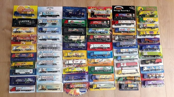 Collection with 62 nice advertising trucks scale 1/87 from approx. 1990 to 2010 in original packaging and in mint condition