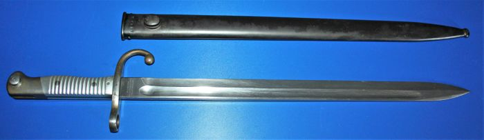 Bayonet M 1891 Modelo Argentino , German made for Argentina  ( WKC) with scabbard, and matching numbers in good condition