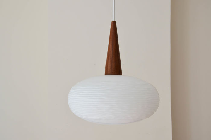 Philips - Opaline & teak suspension