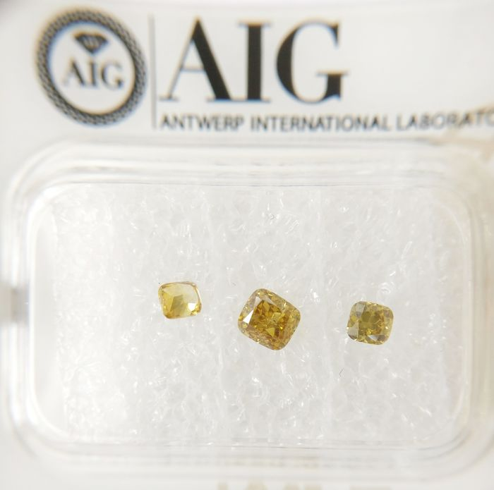 Triple of 3 Cushion cut diamonds total 0.43 ct F.V.Brownish / Greenish Yellow SI *** No Reserve ***