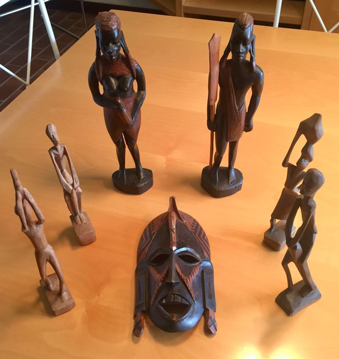 Wooden tribal mask - two wooden statues of male and female Masai tribe - four wooden statues - Maasai, Kenya