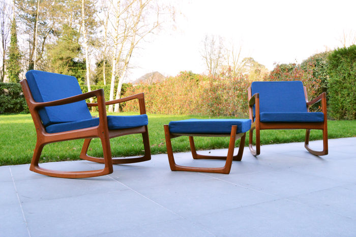 Ole Wanscher by France & Son -  2 lounge seats with hocker