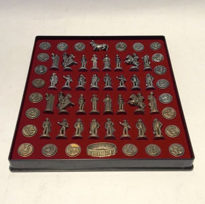 Metal chess of bullfighters - mid 20th century