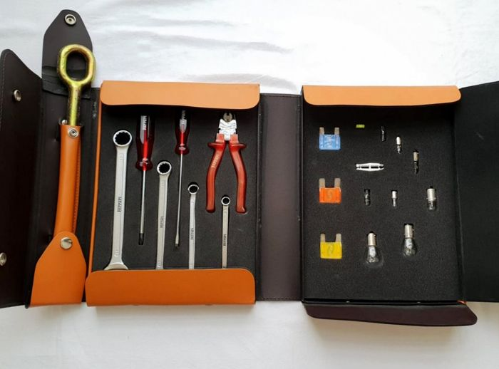 Ferrari - 360/550/575 - Complete tool set bag