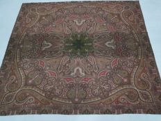 A wool hand knotted paisley shawl - Europe - 19th Century