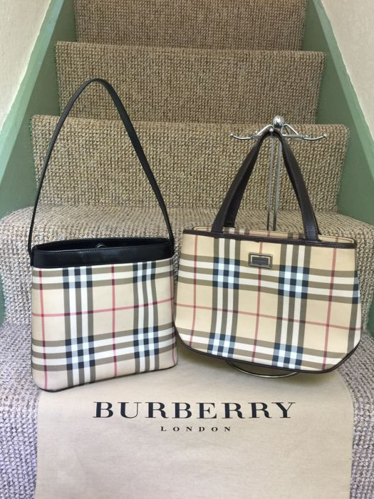 a09c33d93568 Burberry Nova Check handbag and shoulder bag Vintage Catawiki