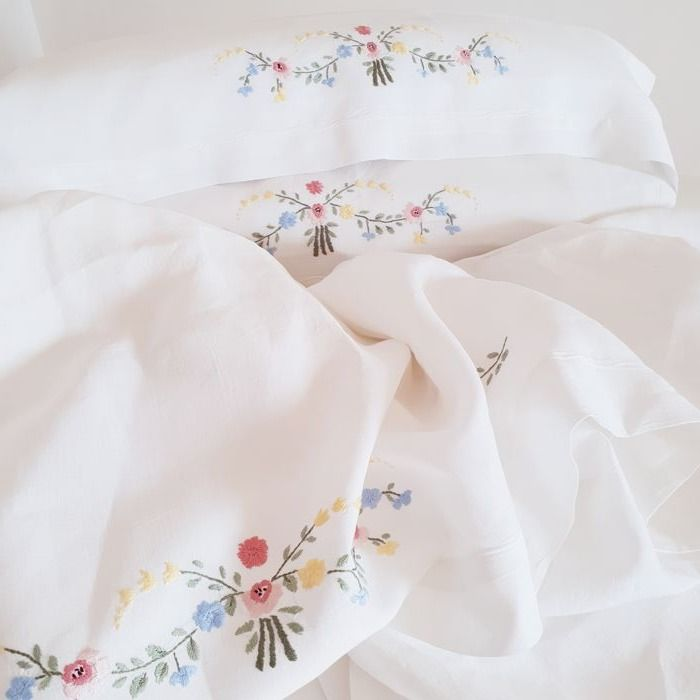 Double bedsheet made of 100% pure linen - top-quality - handmade embroidery of Italian craftsmanship