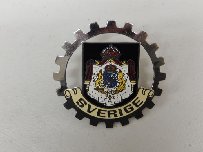 Used Vintage Metal and Paint Sverige Sweden Car Badge Auto Emblem
