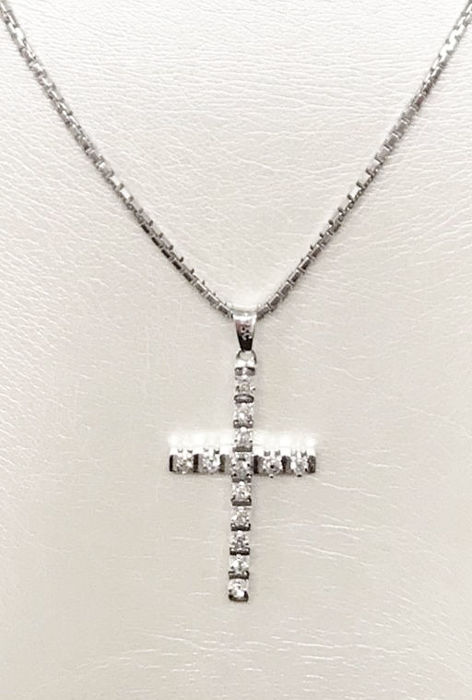 18 kt white gold necklace with cross and diamonds for 0.13 ct G-H/VS - length 50 cm