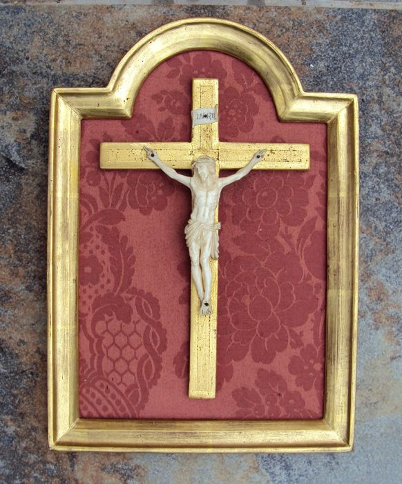 Ivory Christ on gold leaf cross with frame in wood and gold leaf - France - late 19th century