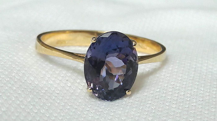 18 kt yellow gold ring with 2.31 ct transparent tanzanite - French size 56.5 ***No reserve***