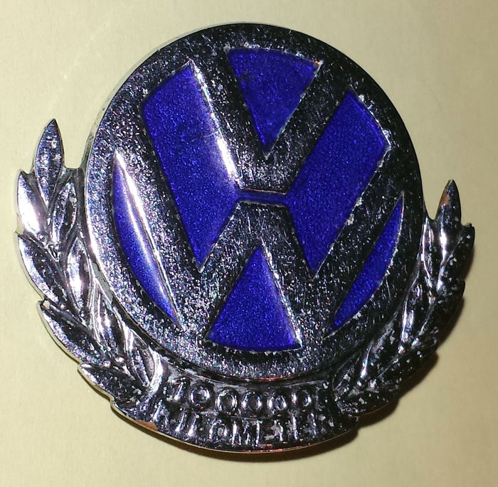 Auto Grille badge VW 100.000 km