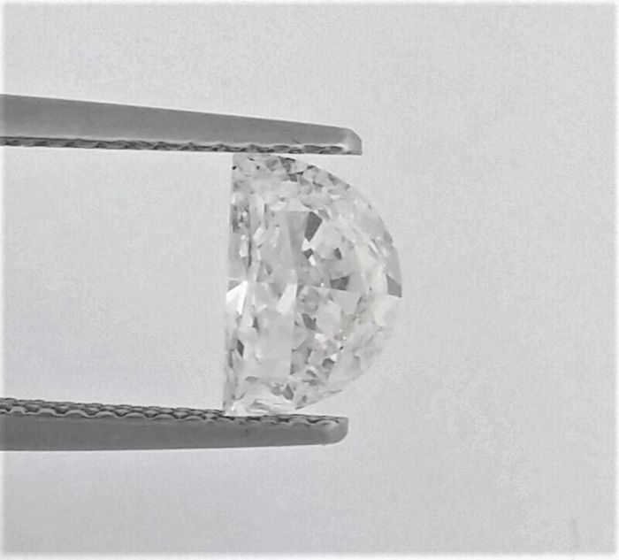GIA - 0.89 ct - Half Moon - D - SI2 Clarity  - Natural Diamond - Only Laser Drilled