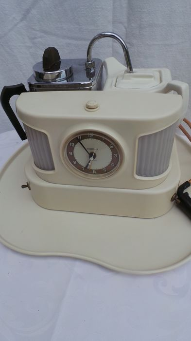 Goblin TeaSmade D25C - clock with alarm, light and wakes you with a delicious cup of tea.