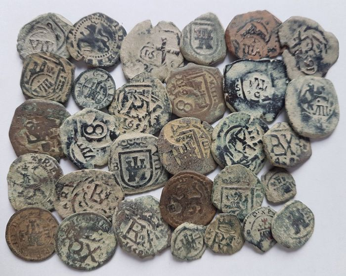 Spain - Lot of 30 Spanish colonial coins of the House of Habsburg - 1500 1700 AD - Europe
