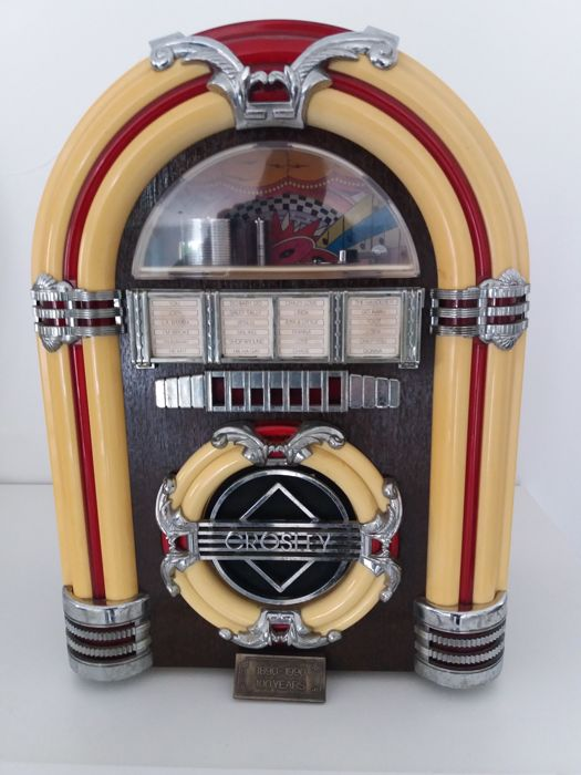 Crosley radio in the shape of a vintage jukebox