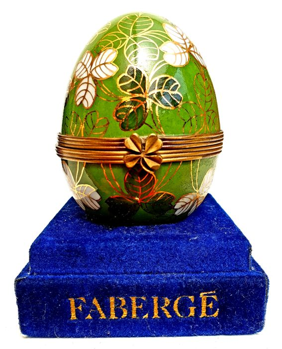 Imperial Clover Egg - The House of Fabergé - Limoges Porcelain with 24 carat gold and 4 clover clasp