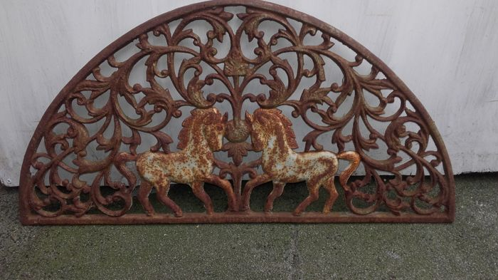 Very beautiful doormat made of cast iron with two horses - circa 1920
