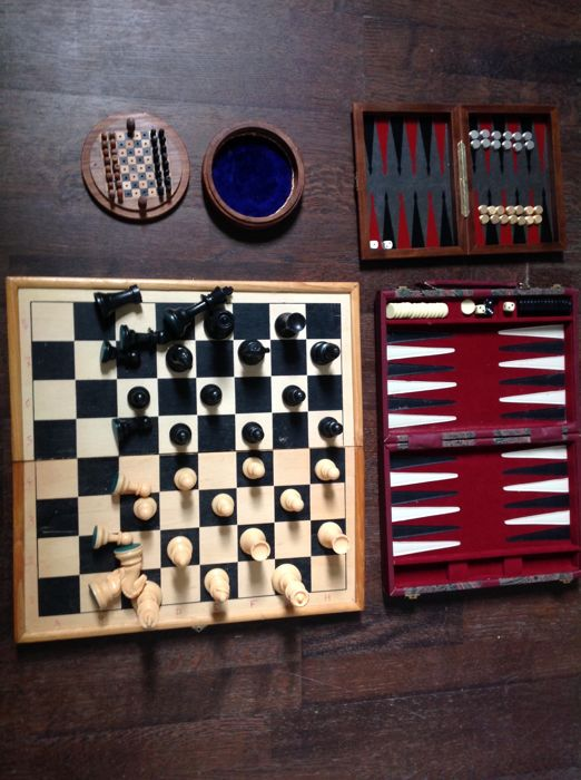 Lot Of 2 Backgammon Games Lot Of 2 Chess Games Catawiki