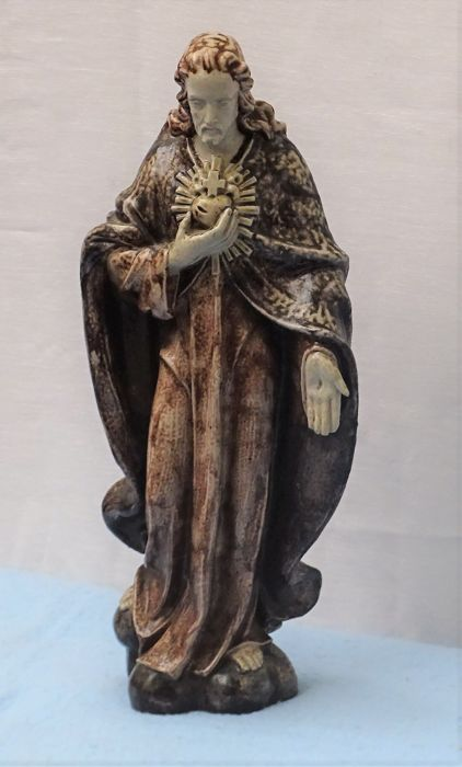 Ceramic statue - Christ with wounds and halo - Beesel Limburg