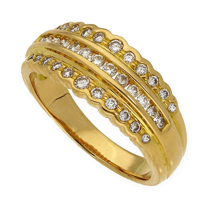 Yellow gold of 18 kt - Cocktail ring - Brilliant cut diamonds of 1.00 ct - Cocktail ring size: 15 (Spain)