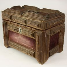 Tramp Art - Hand carved antique jewellery box