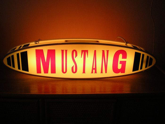 MUSTANG - Rare Vintage Lighted Advertising