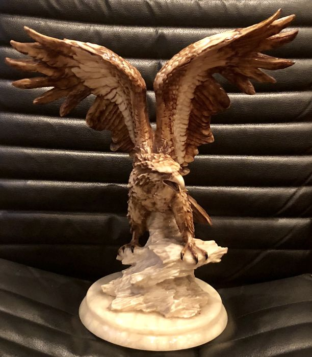 Large American Royal Bald eagle sculpture carved in Italian bonded marble (45x39)