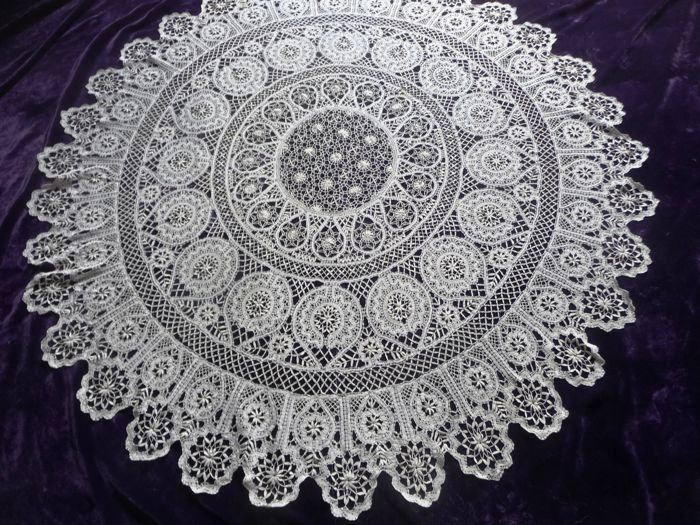 Rarity: ANTIQUE table cloth fine handmade Brussels lace tablecloth  2nd half 19th century