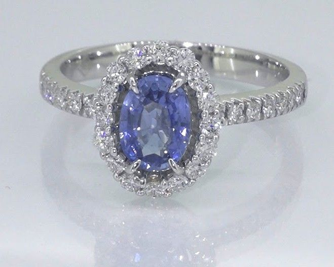 Diamanten ring met exclusieve saffier van 1.00 ct  & 30 diamanten total 0.50 ct