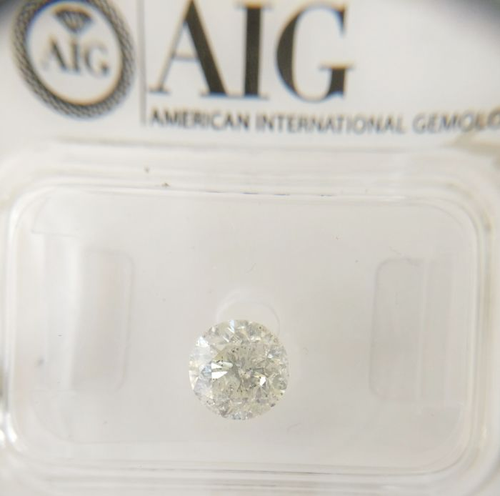 0.92 ct Round cut diamond F I1 *** No Reserve ***