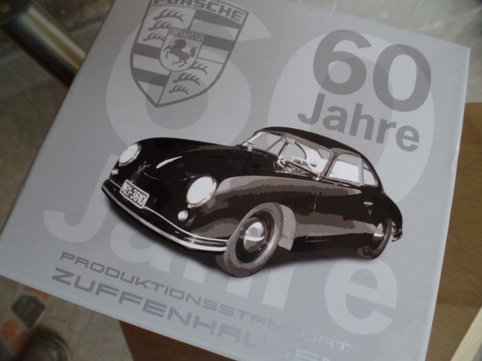 Porsche Museum - Massstab 1/18-1/43 - Los mit 4 Porsche  - Collectible object from private museum