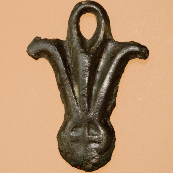 The Vikings / Zoomorphic Bronze Pendant / Amulet - 44mm.