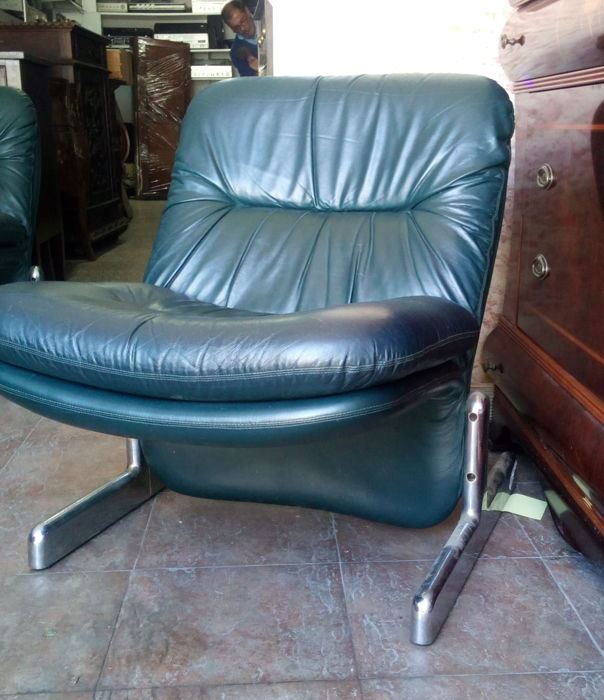 Vintage Comfortable Chair with Dark Green Typical Vintage Nappa with Chrome Feet