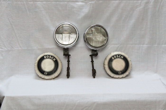"""Bosch fog lights, with protruding 'brimmed"""" lens, in perfect condition, Mercedes Ponton and others - diameter 15 cm"""